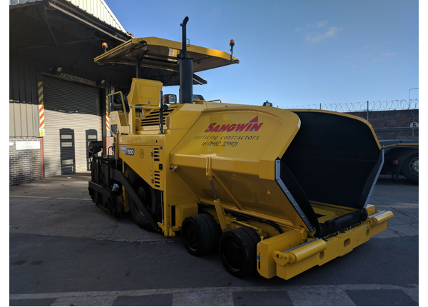 New-Equipment-Surfacing-Paver