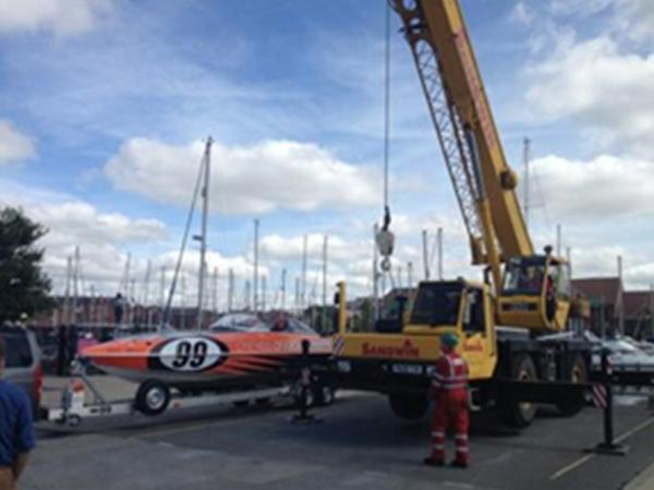 OneHullofaboat – 'Teamwork'