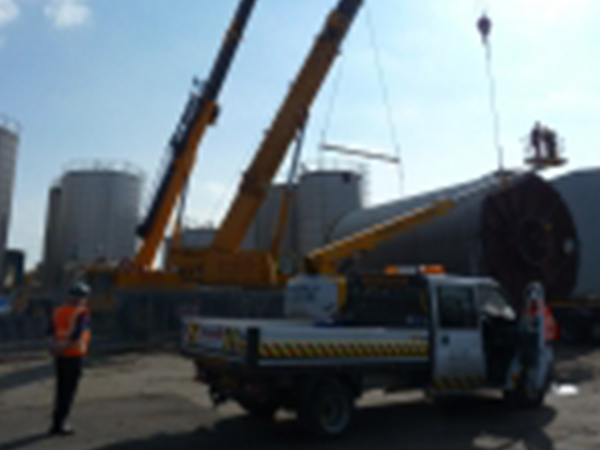 Sangwin Plant Hire Tank Move